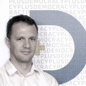Isuf Zejna - Hulumtues i Larte Democracy Plus D+